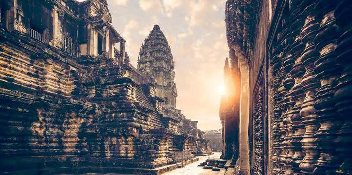 Comfortably Explore Asia's Most Famous Kingdom