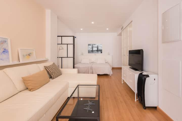 Unos dias en Malaga  AT Bonito y moderno loft 1ºD
