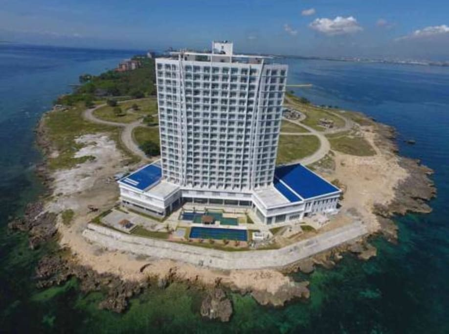 Amazing Ocean View Condotel in Mactan, Cebu - Hotels for ...