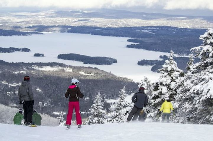 ★Sunapee Lakeside Ski Lodge ★ 3 Min to Mt Sunapee★