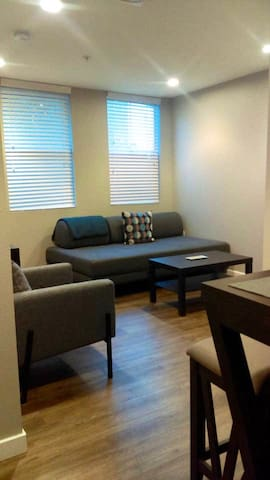 Studio right by Petco Park & Gaslamp Quarter