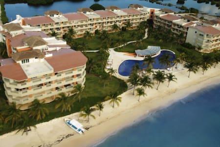 Luxury Apartament on the beach