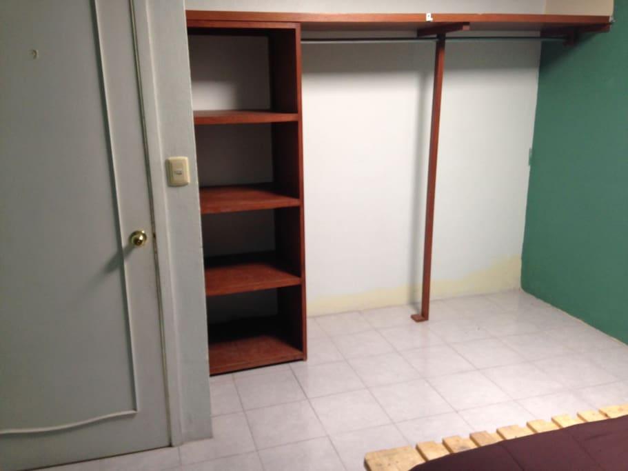 closet amplio