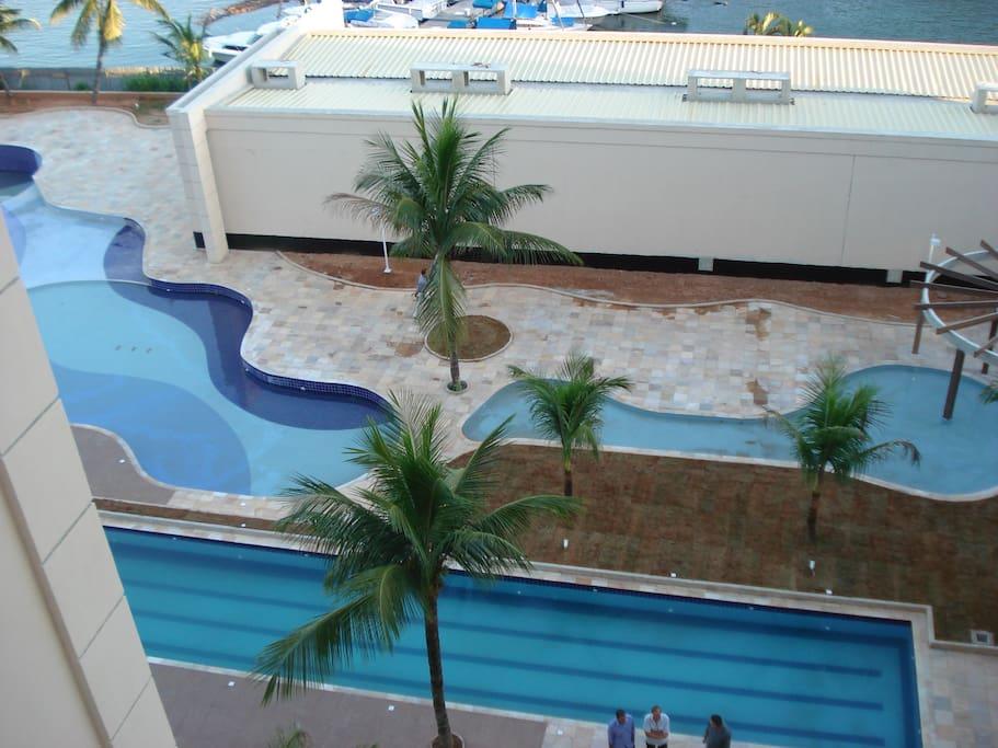 Vista superior das piscinas