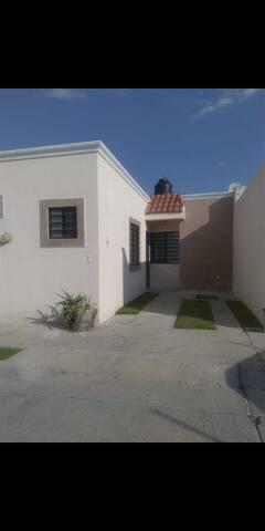 Privanza León, casa en Fracc. Privado