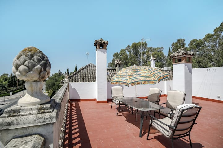 """Family-friendly Penthouse """"Ático Dúplex"""" with Mountain View, Terrace & Wi-Fi; Parking Available"""