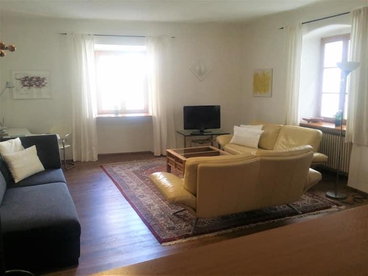 Ruhige Wohnung in Altstadthaus am Dreiflußeck