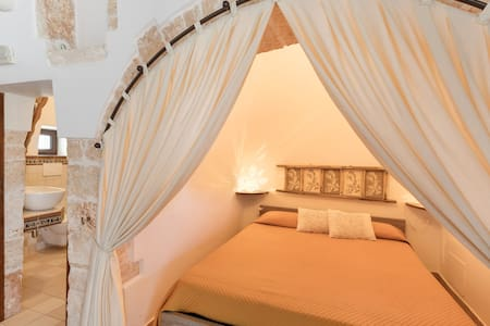 "Double bed in traditional ""Alcova"""