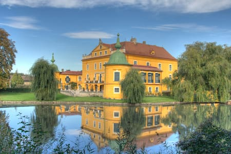 Luxurious unique baroque Castle lavishly furnished