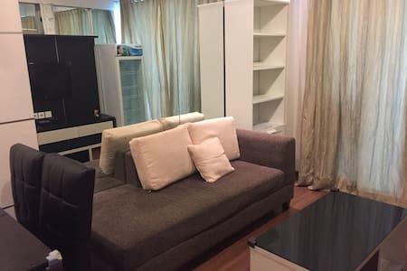 Clean, minimalist, strategic 2BRapt - Jakarta Pusat  - Apartment