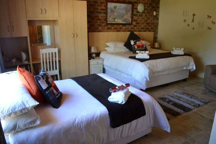 SuNel's Guest Rooms
