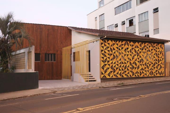 Quarto de Casal no centro de Joaçaba/SC