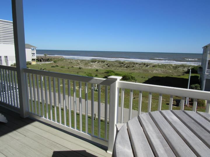 "CottageVacations4u ""5 Oclock Somewhere""  unobstructed ocean views."