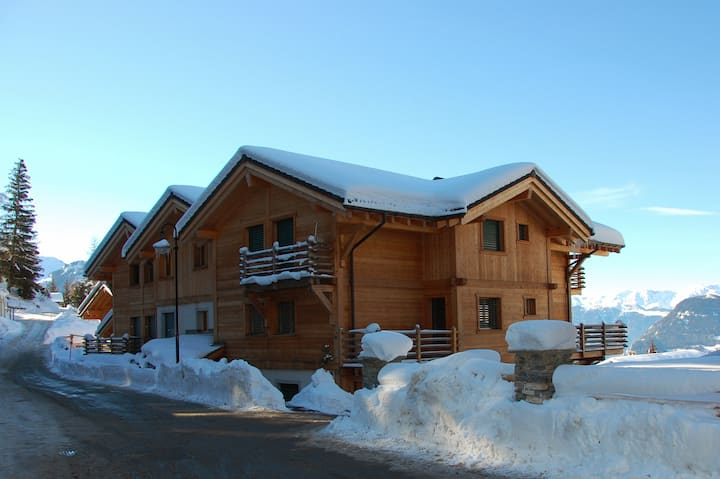 2 Bedroom Apartment in Verbier, Excellent Location