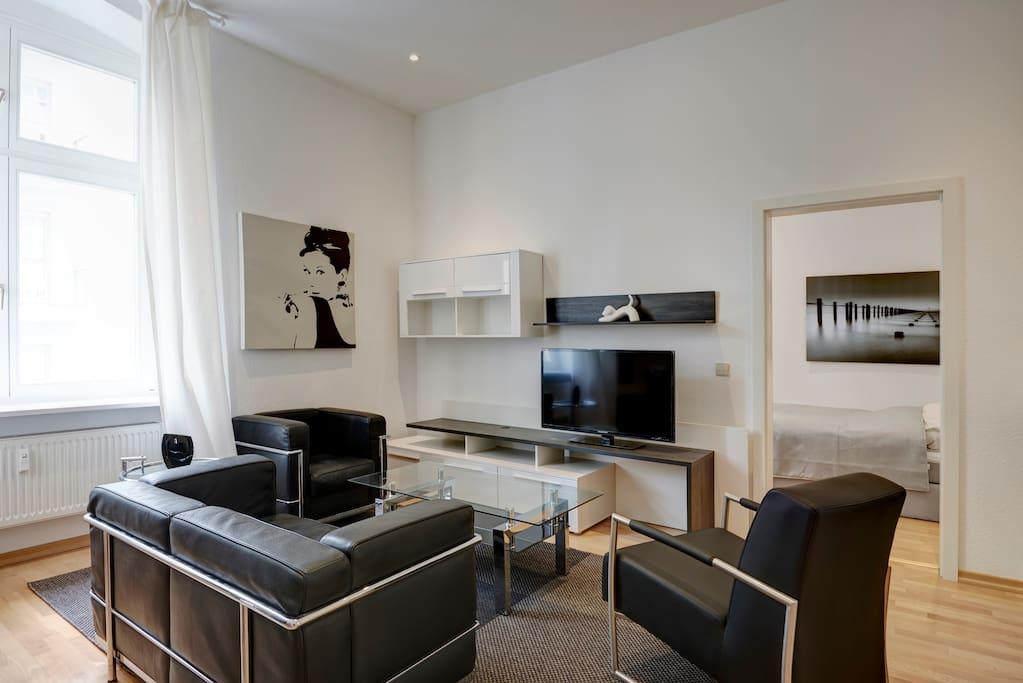 stylisch apartment berlin mitte wohnungen zur miete in berlin berlin deutschland. Black Bedroom Furniture Sets. Home Design Ideas