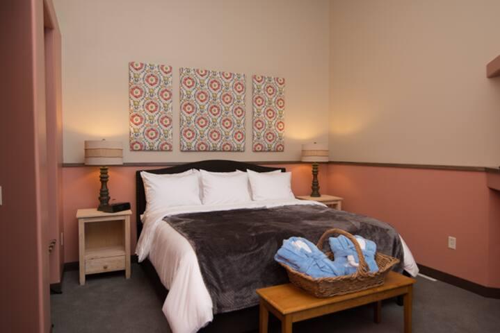 Sandbar Vista (#1) - Ashland - Bed & Breakfast