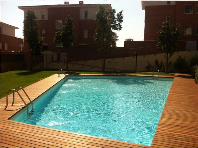 Spectacular duplex near Barcelona and beach - Tiana - Rumah