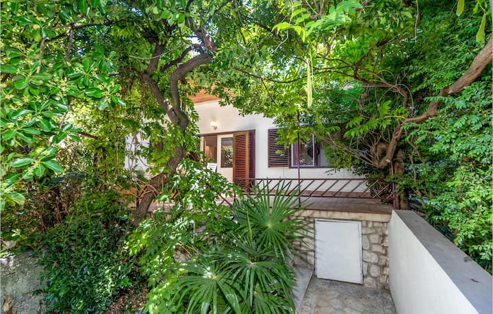 Beautiful home in Crikvenica with 3 Bedrooms