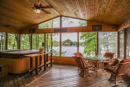 Dorothy's Cabin