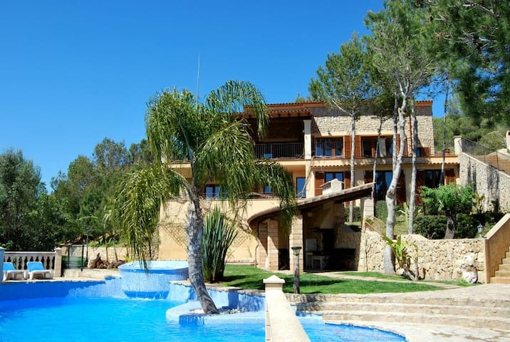 Holiday Villa in Son Macià - Son Macià - Villa