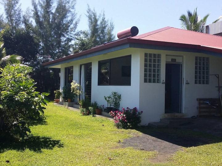 The tahitian spaces (N°TAHITI B76633)