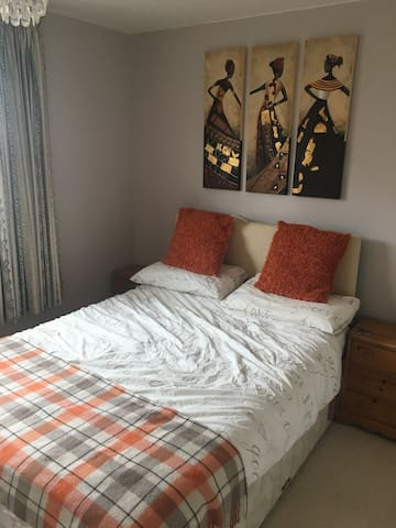 Private room with double bed and en-suite bathroom