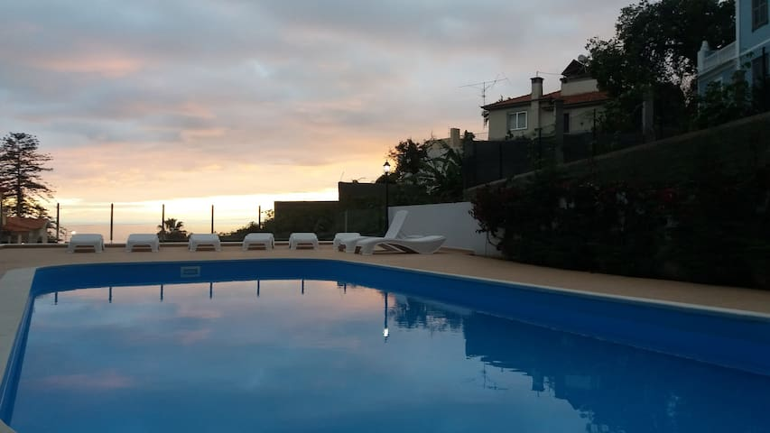 Central 2-bedroom with swimming pool - Funchal - Pis