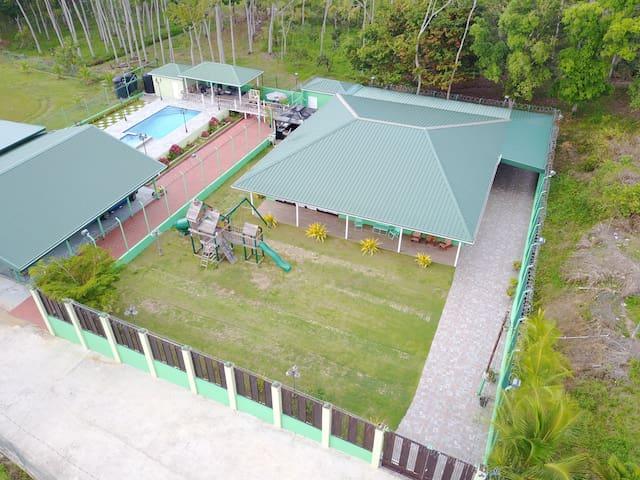 Nature Getaway Resort with private pool