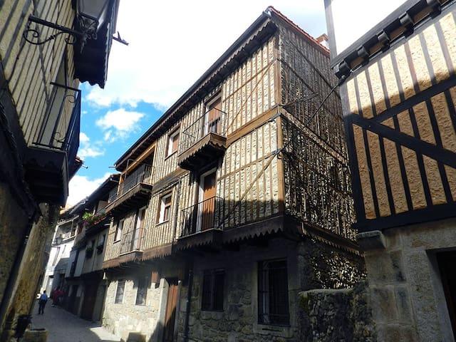 Alquiler de Apartamentos Turísticos - La Alberca - Huoneisto
