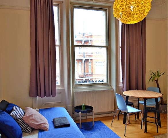 ADMIRABLE Apartment for 4 Guests in NOTTING HILL