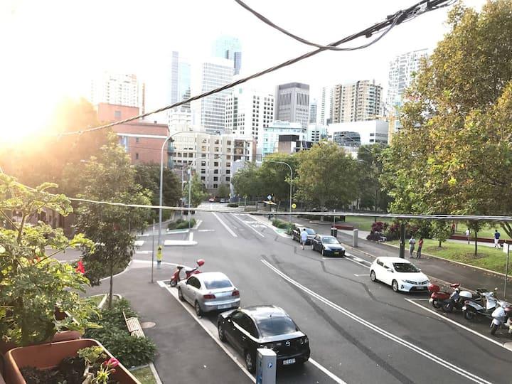Heart of Surry Hills, on the doorstep of Sydney