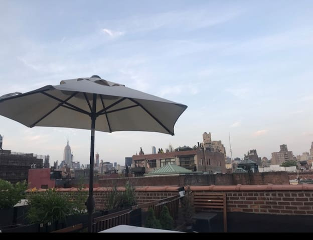 Duplex 1 bed loft with Huge outdoor terrace.