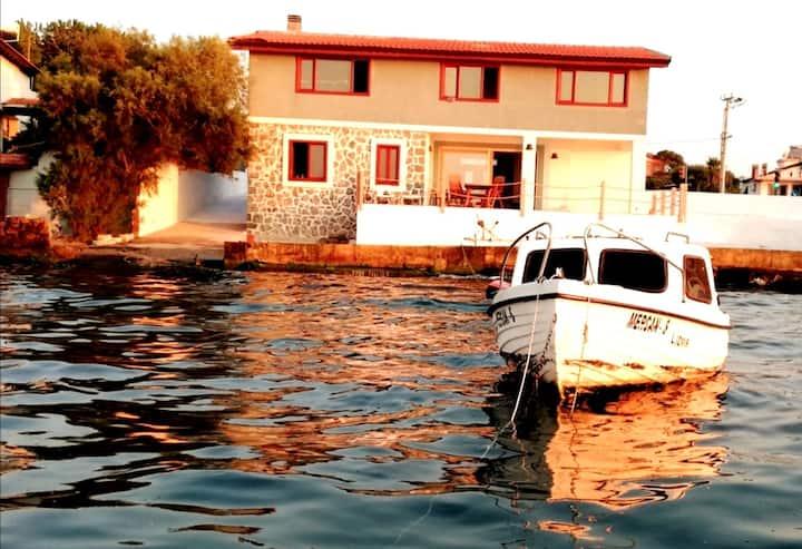 Seafront Villa Midas