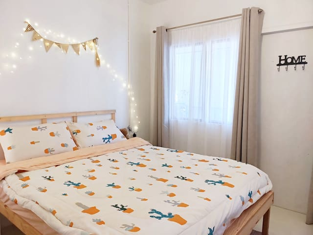 Cute & Cozy Room in Chalong