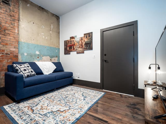 Amazing Apartment in the Heart of OTR- Unit 14