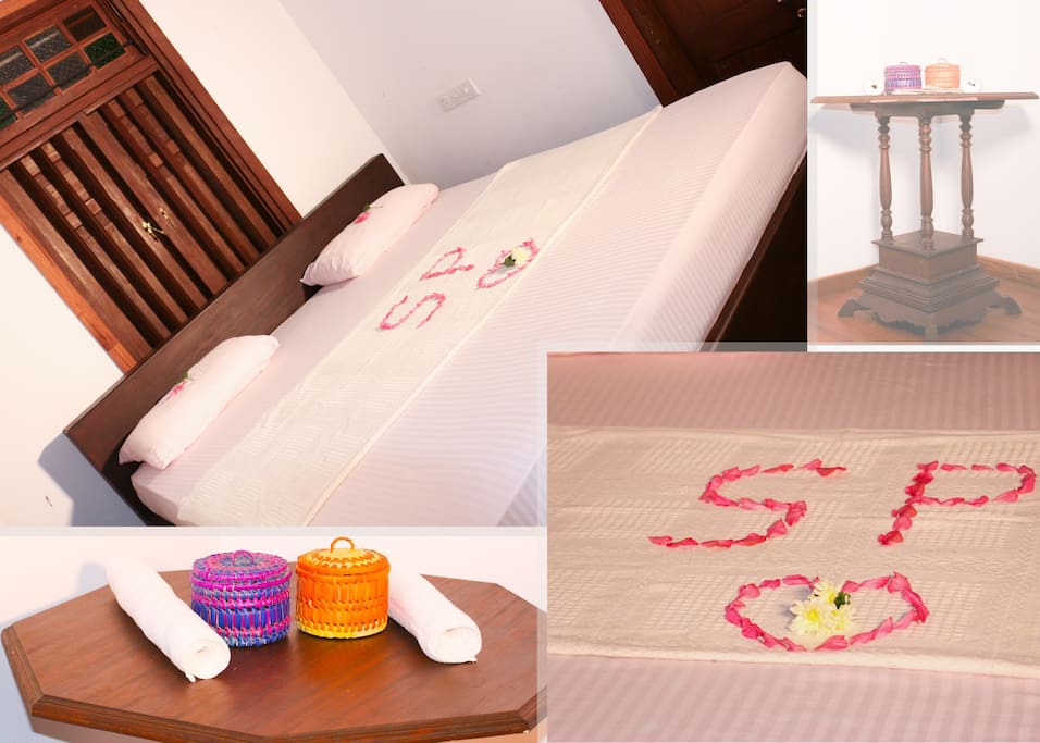 A/C bed room with wooden floor !!!