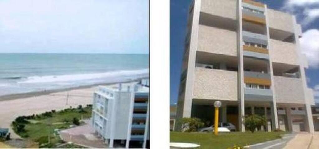 Edificio Frente al mar con salida a la playa