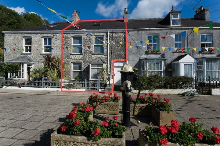 The Customs House - Pentewan - Hus
