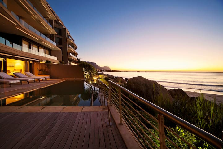 Luxury Clifton penthouse with Direct Beach Access - Kaapstad - Appartement