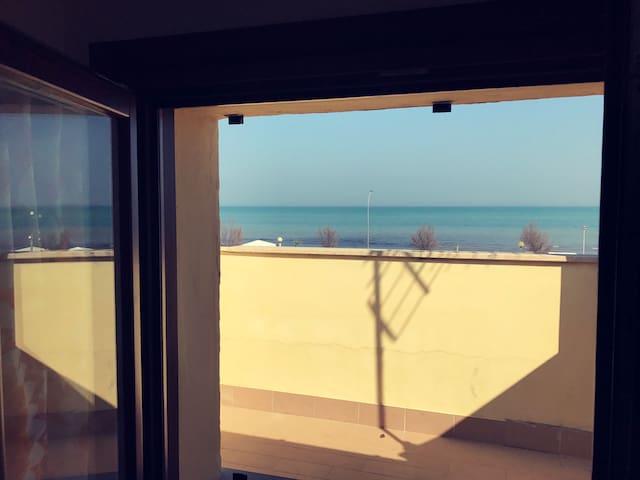 Appartamento sul mare con spiaggia privata - Senigallia