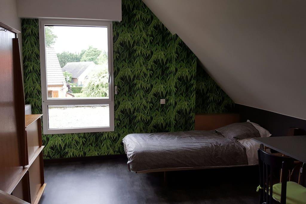 chambre spacieuse et calme pr s de lille maisons louer wattignies nord pas de calais. Black Bedroom Furniture Sets. Home Design Ideas