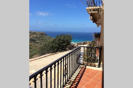 Clff top apartment with incredible view - Gozo - 公寓
