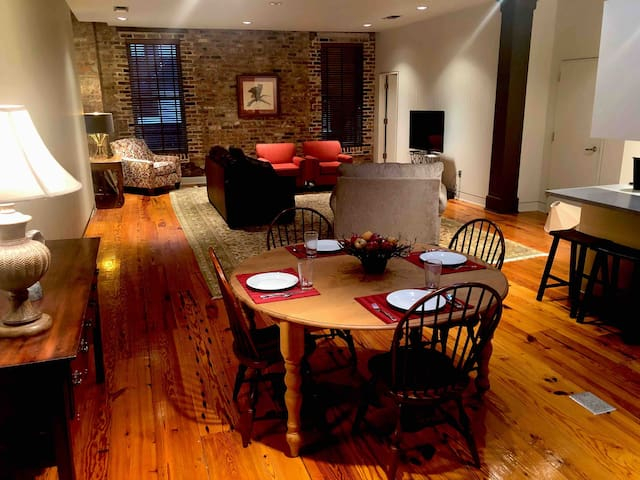 Loft Apartment in Historic  Downtown Greenwood, MS