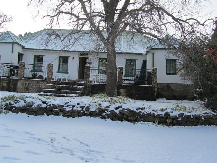 Den Hagen Guest Farm - Farmhouse