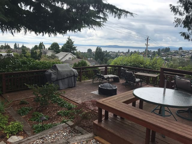 Home with view of Sound and Olympic mountains