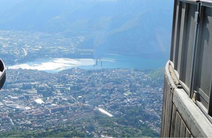 Piani D'Erna is a mountain resort based in Lecco. Is accessible by a modernized cable car which is a fun ride in itself beginning from Malnago. Ever since the cable car was introduced in 1965 the town became a destination for skier and hikers.