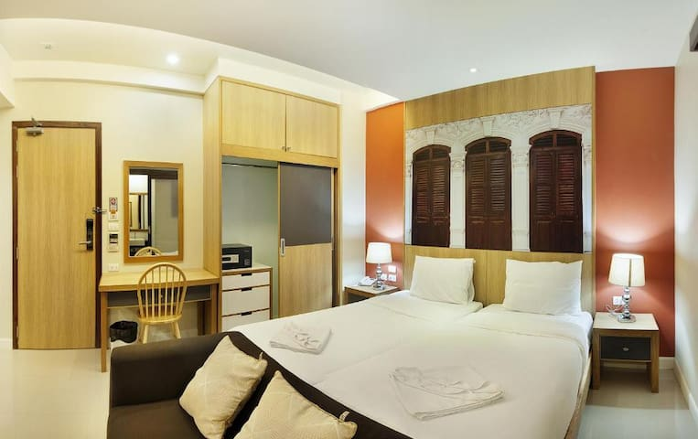 Trendy Room For Your Vacation
