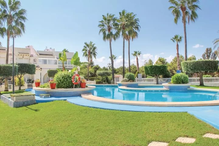 CASA LINI / POOL APARTMENT  8 MIN. FROM THE BEACH