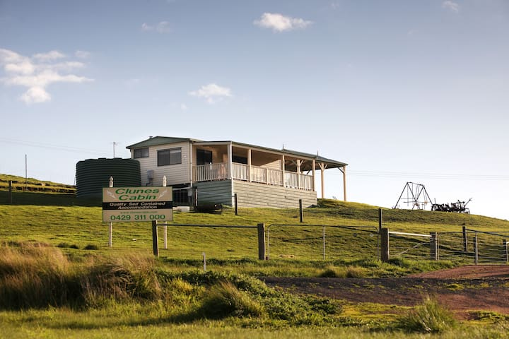 Clunes Cabins - Fireplace, Linen, BBQ and Deck