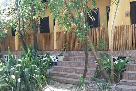 Casa arborizada - サルヴァドール
